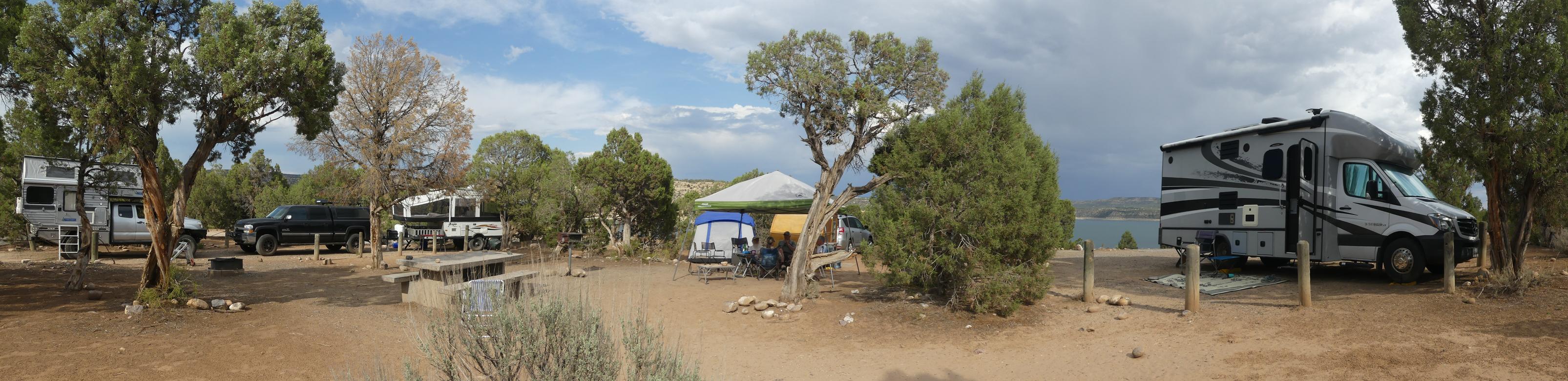 camping rigs at Navajo Lake